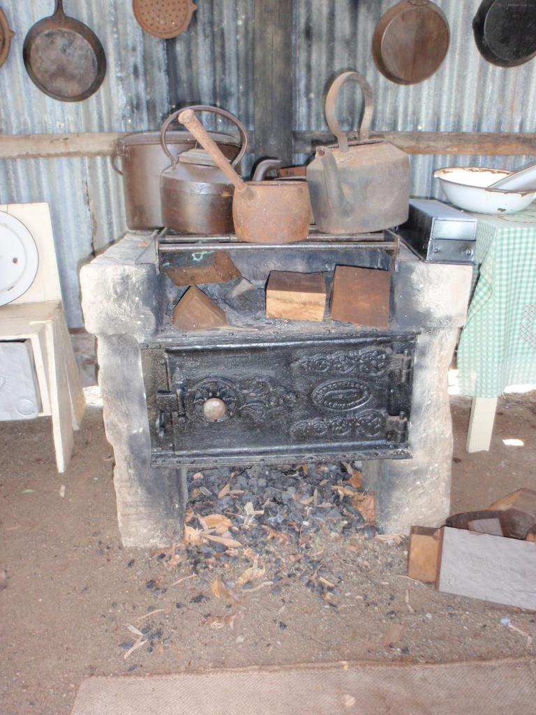 Colonial Oven - Rockhampton Heritage Village